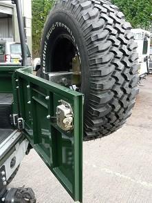 Defender Tailgate Rear Half Door Kit-0