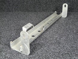 Defender Track Rod Guard - Vehicle Without Anti-Sway Mounts-0