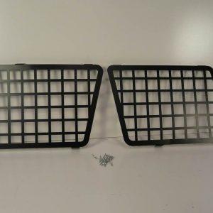 Discovery II Side Window Grills - Aluminium and Black Powder Coated-0